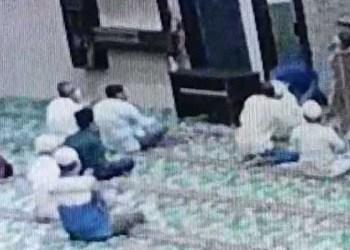 Upaya penusukan terhadap imam masjid di Pekanbaru, Riau. Foto: Instagram/@pkucity