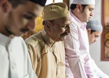 keutamaan shalat berjamaah Surat Al-Fatihah Manfaat Shalat Tepat Waktu Waktu Bersiwak, penawar duka