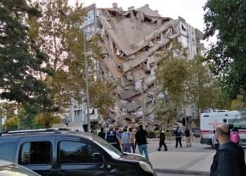 Gempa yang memicu tsunami melanda Turki pada Jumat (30/10/2020) sore. Foto: CNN