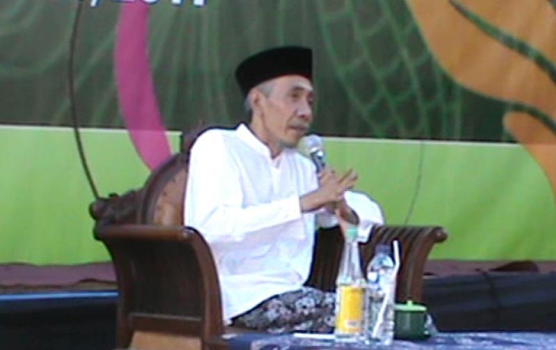 Kiai Ubaidillah Shodaqoh-Tidak Mungkin Belajar Islam Tanpa Guru-IslamRamah.co