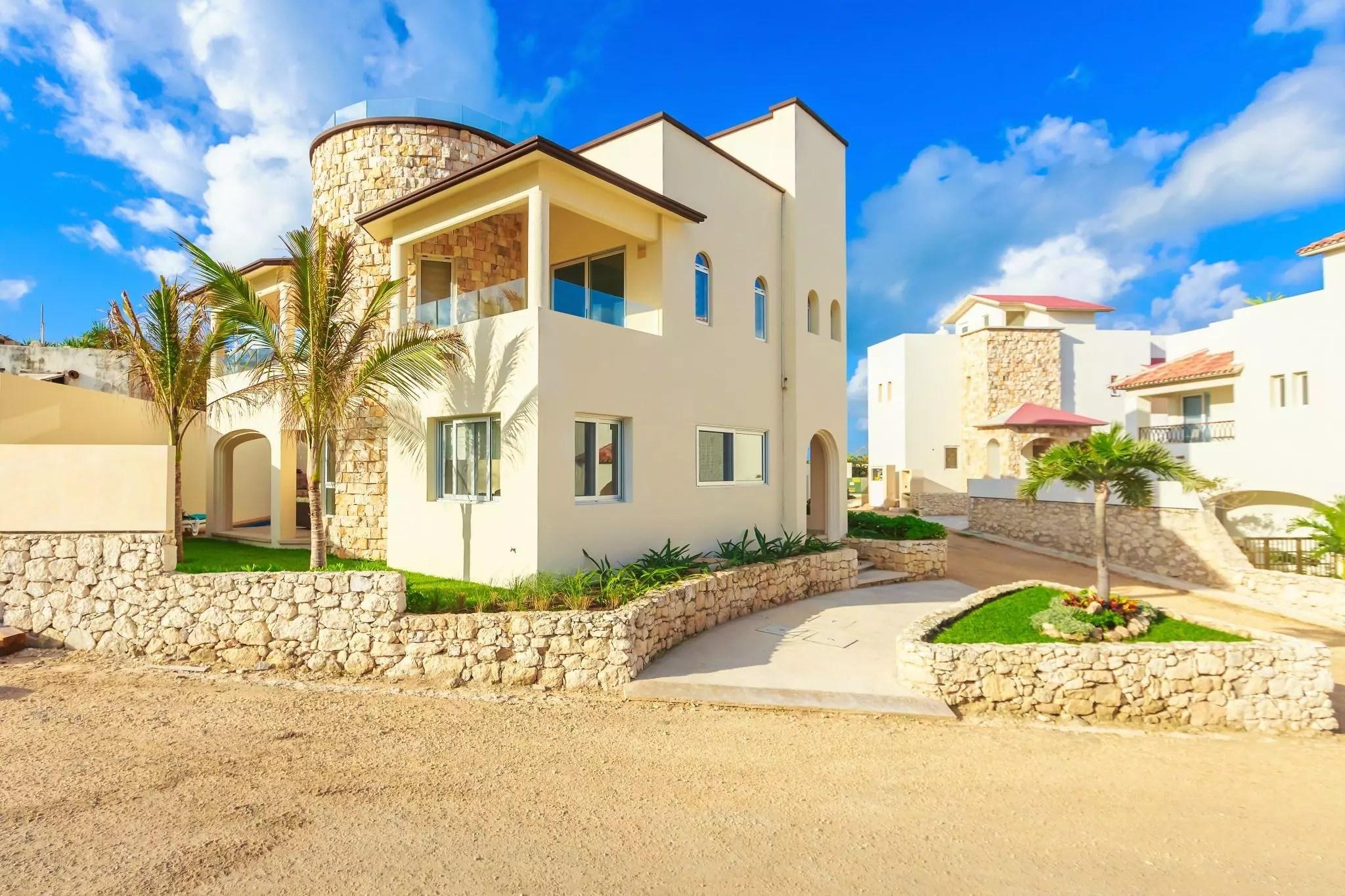 Isla Mujeres Vacation Rental  Casa Elegante