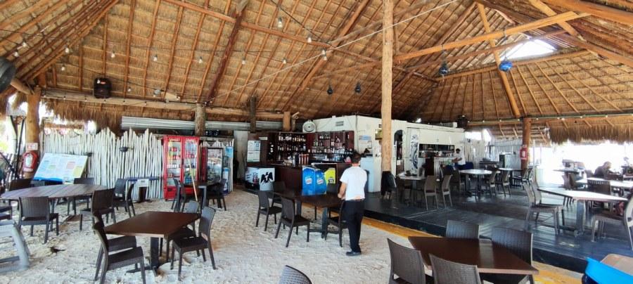 Restaurante Mocambo Isla Mujeres Saloon