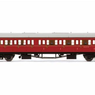 Hornby BR, Collett 'Bow-Ended' Corridor Composite RH, W6137W, Maroon Passenger Coach - Era 5