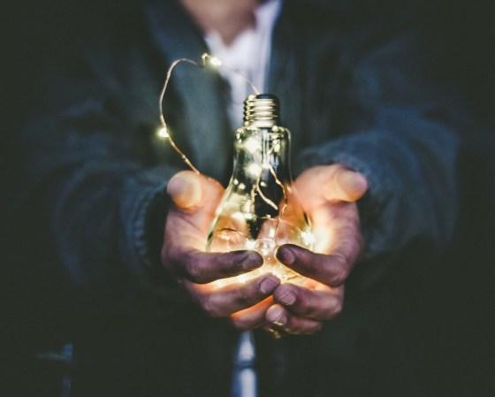 ELECTRICIDAD GRATIS 100% LEGAL. Electricidad tipo .Torrent
