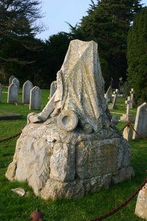 Shanklin Cemetery : HMS Eurydice Memorial