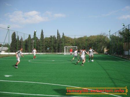 İvanovkada mini futbol meydançası