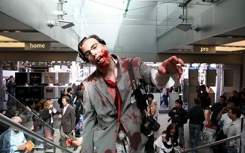 , Stoner Guide To Surviving a Zombie Apocalypse