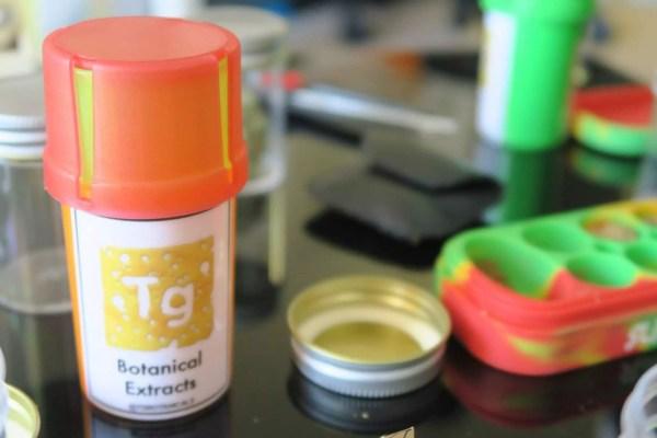 We Met UK Cannabis Extractor TG Botanical Extracts ISMOKE