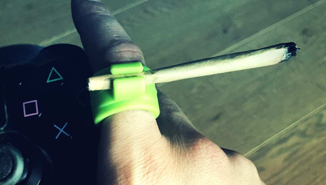 , These Roach Rings allow hands-free joint smoking. Youtube giveaway time!