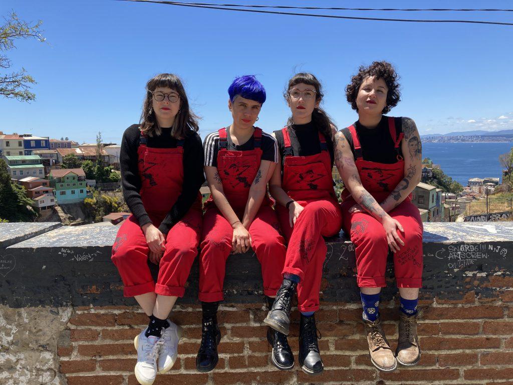 """Las Tesis se adelantan al 8M con un manifiesto feminista en forma de libro, """"Quemar el Miedo"""""""