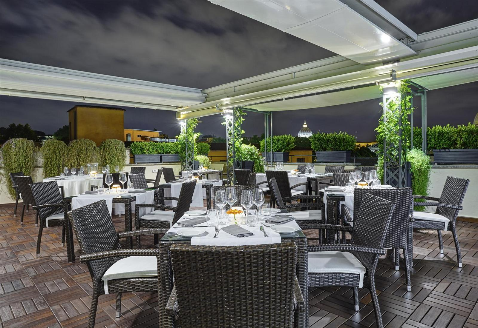 sofa lounge cafe amman menu console table modern mirror design roof terrace