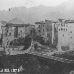 Isola nel 1871, sulla destra la casa del Barone