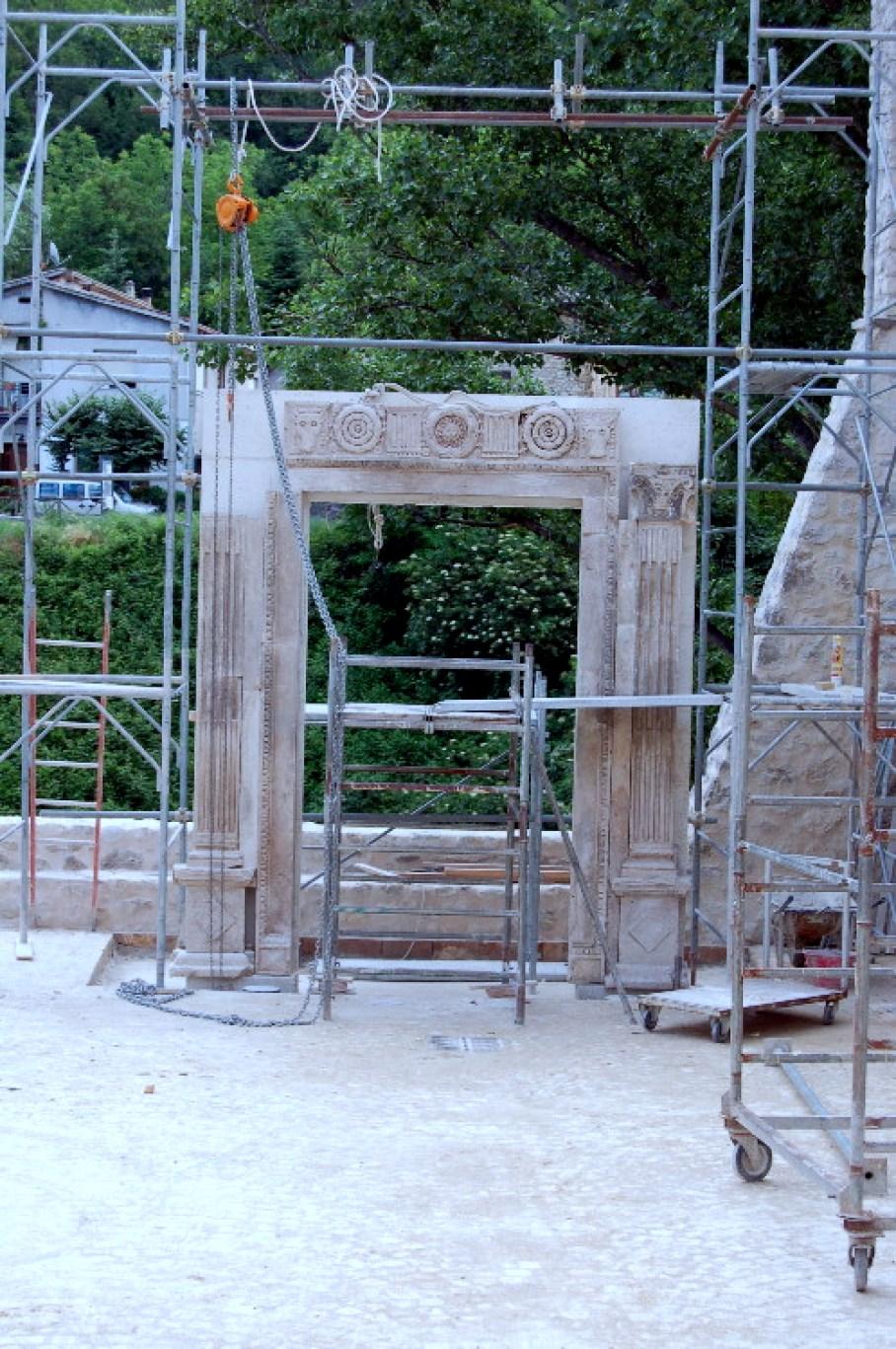 La ricostruzione del portale