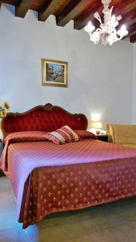 Hotel Ariel Silva 30121 Calle De La Masena Cannaregio