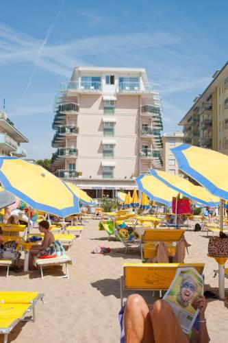 Hotel Nizza Frontemare  30016 Via dello Storione 45 Lido di Jesolo