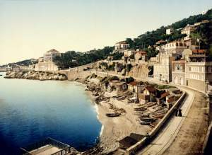 Past & Present: Photographs of Marseille, France 8