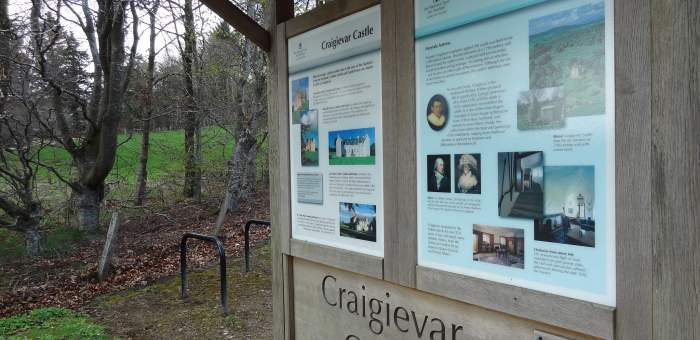 Craigievar Castle sign