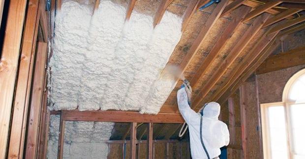 Spuitisolatie dak  Advies isolatie spuiten onder het dak