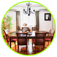 picture of a staged dining room