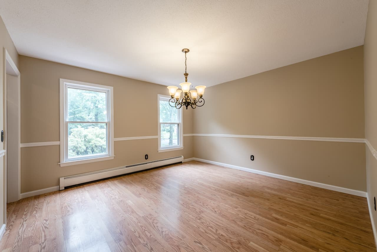 picture of unfurnished dining room