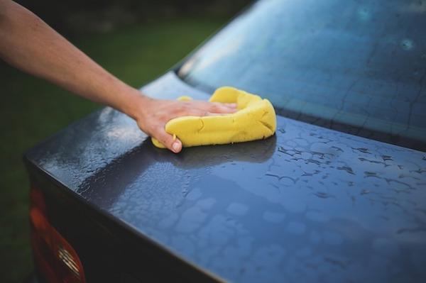 車を高く売るために洗車しておく