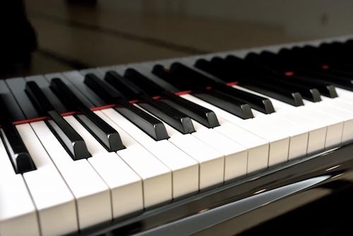 ピアノスキルを売る