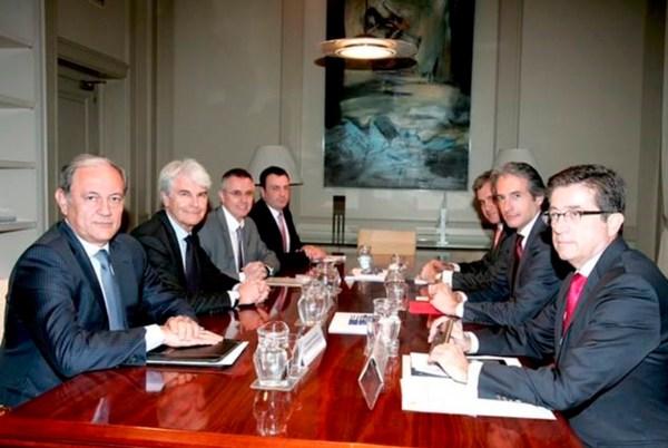 Reunión Saint-Gobain y Ministerio de Fomento