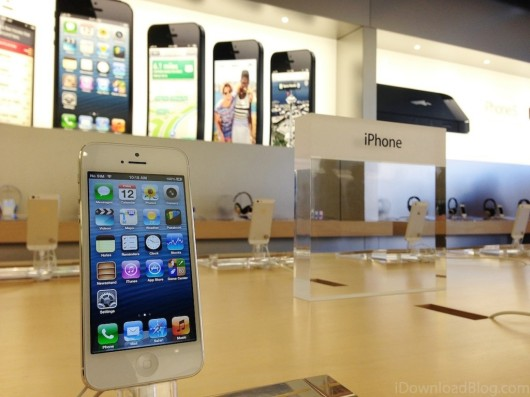 iPhone-5-Apple-Store-1024x768