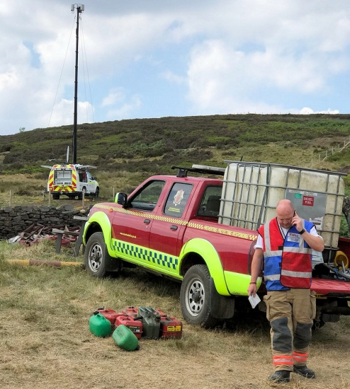 ee 4g rapid response vehicle and fire crew uk