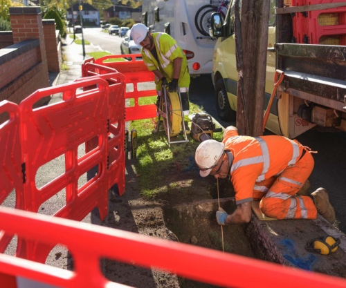 fibre optic cable laying openreach outdoor