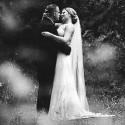 best wedding photographers by