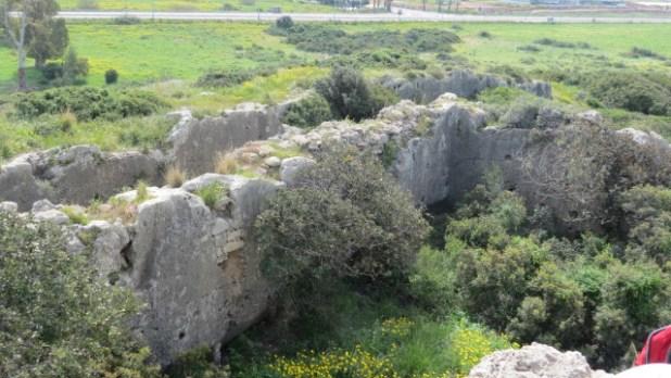 Le Destroit Moat