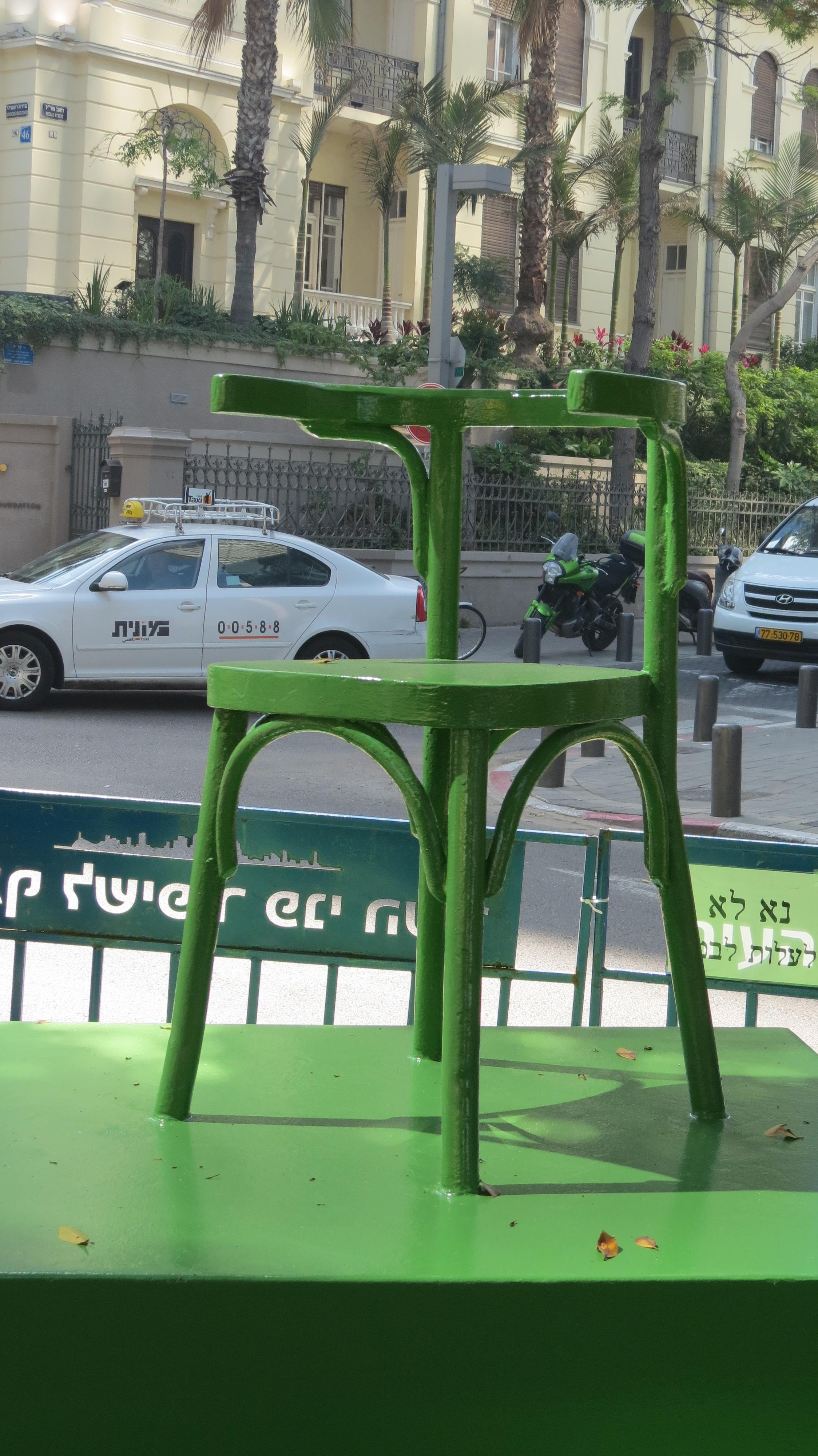 Rothschild Boulevard - Chair statue