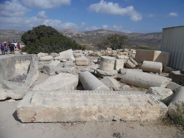 Ancient Samaria in Sebastia National Park Photo: Anatbc1