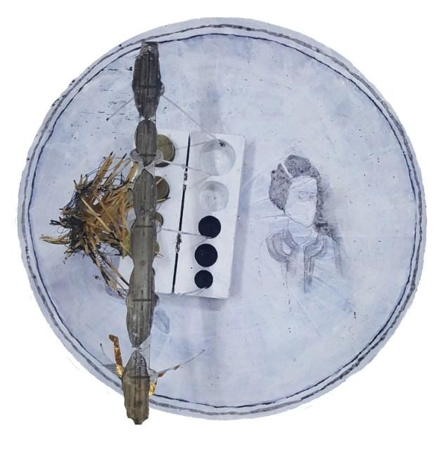 """Ронит Агасси. Белый диск. Фрагмент. Выставка """"Новый жилец в """"Бейт-Тихо""""."""