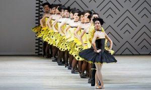 "Grand pas classique. На первом плане — Мики Нисигути — Пахита. Фото © Ольга Керелюк. ""Урал Опера Балет"""