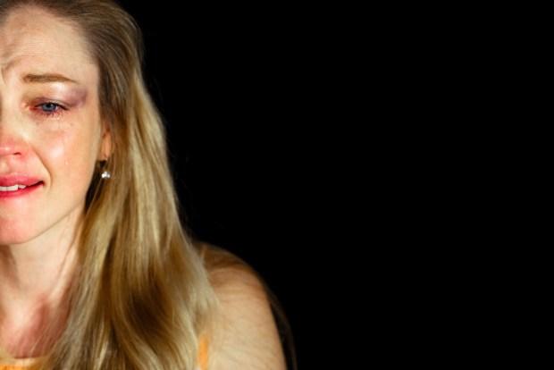 Наталья Гантман в спектакле «Ха-фа-нана» . Фото - © Марк Цо