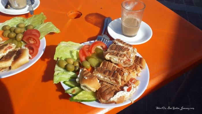 Breakfast at Kiosk in Bat Galim