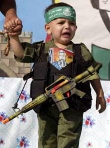 أطفال الفلسطينيين ضحايا ثقافة الموت والحقد في راماللع وقطاع غزة