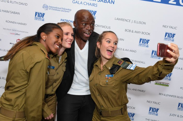 Image result for Gerard Butler IDF