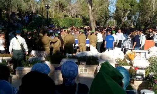 Tuvia Yanai Weissman's funeral