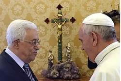 Pope Francis with PA Chairman Mahmoud Abbas