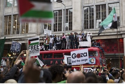 Pro-Palestinian Arab demonstrators protest against Israel in London
