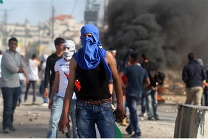 Arab rioters in Jerusalem