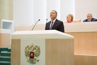 Юлий Эдельштейн выступил перед российскими политиками на иврите и русском