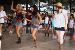cowgirl-dancers
