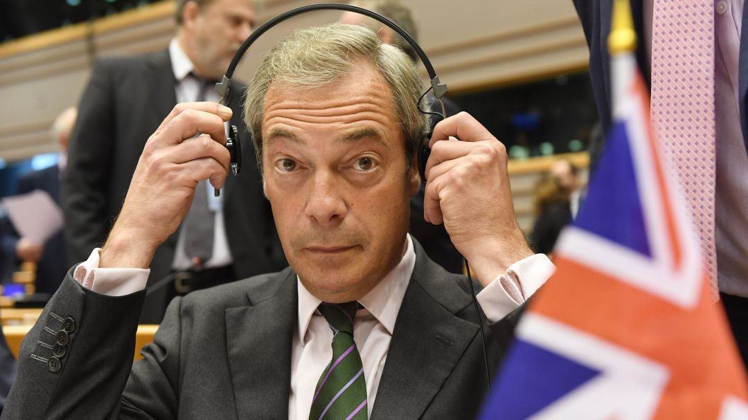 New articles: Brexit, Trump and the post-factual democracy