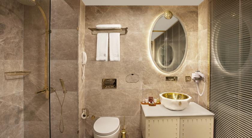 sura-design-hotel-13387605