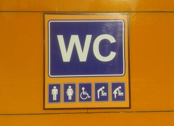 Mit Rollstuhl