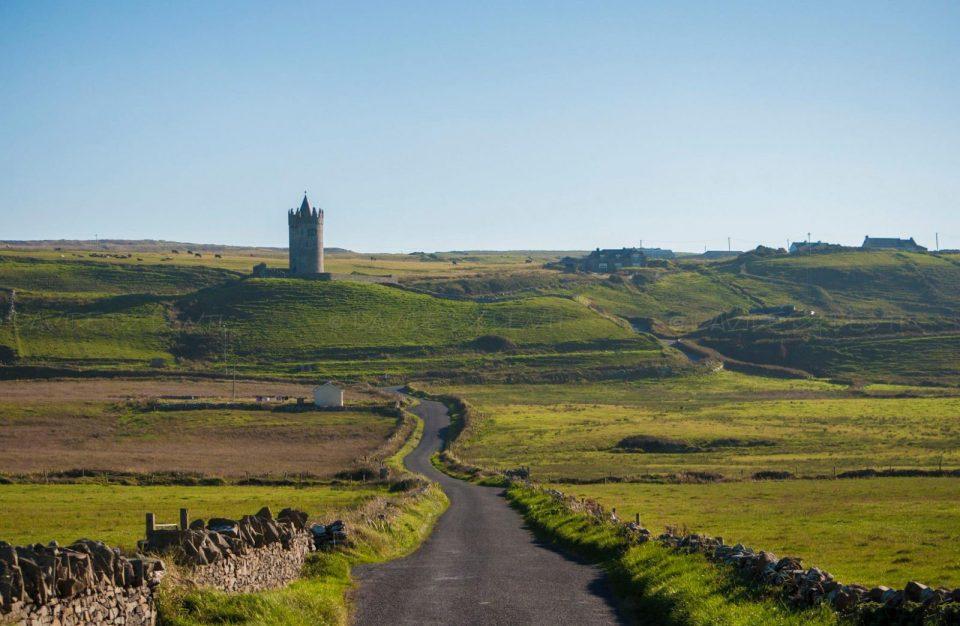 irlanda - istanti in viaggio - composizione fotografica - castello irlanda - fotografia di paeaggi